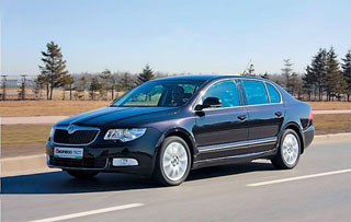 Тест-драйв Citroen C5 vs Skoda Superb