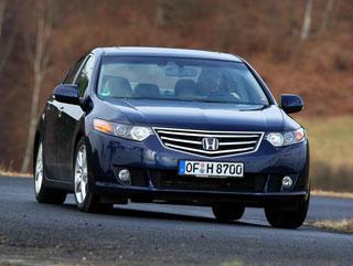 Тест-драйв Opel Insignia, Honda Accord, Mazda6