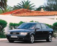 Лаконичный силуэт A6 не оставляет сомнений в принадлежности модели к семье Audi