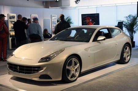 Ferrari FF дебютирует в Северной Америке на Mazda Raceway Laguna Seca