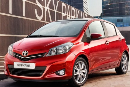 2012-Toyota-Yaris-1