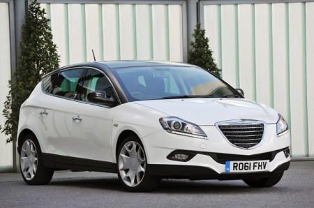 Chrysler демонстрирует новые модели на базе Lancia
