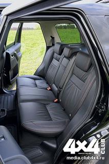 Тест-драйв Hyundai Santa Fe, Land Rover Freelander