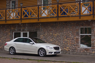 Тест-драйв Mercedes-Benz E 200 CGI