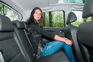 Тест-драйв Mazda 2, Peugeot 207
