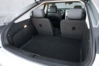 Тест-драйв Chevrolet Volt, Toyota Prius