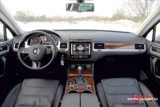 Тест-драйв Land Rover Discovery, Volkswagen Touareg