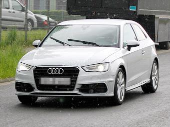 """Фотошпионы рассекретили новый """"заряженный"""" Audi A3"""