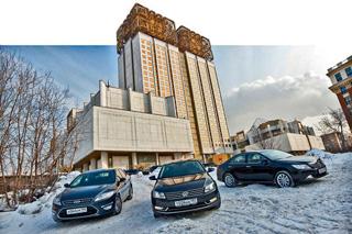 Тест-драйв Ford Mondeo, Toyota Camry, VW Passat