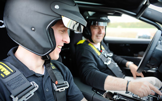 Тест-драйв Jaguar XJ