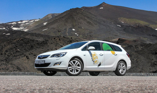 Тест-драйв Opel Astra, Opel Insignia
