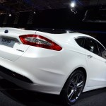 2013-Ford-Mondeo-00018
