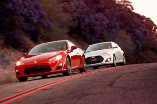 Тест-драйв Hyundai Veloster Turbo, Scion FR-S