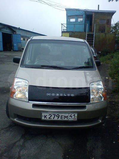 Honda Mobilio 2002 - отзыв владельца
