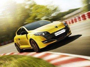 «Горячий» универсал Renault Megane получил 220 «лошадок»