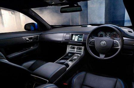 Jaguar XFR-S оказался медленнее немецких конкурентов