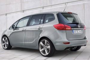 Opel модели Zafira 2012