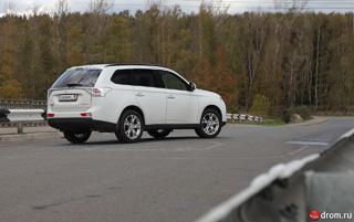 Тест-драйв Mitsubishi Outlander