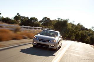 Тест-драйв Honda Accord, Toyota Camry
